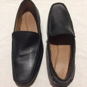 82de27c84e8 BASS Men s Black Leather HANK Slip on Loafers 13D